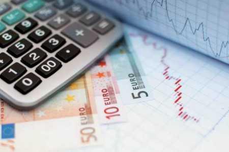 Απαλλαγή από το καθεστώς ΦΠΑ επιχειρήσεων με ακαθάριστα έσοδα έως 25.000 ευρώ